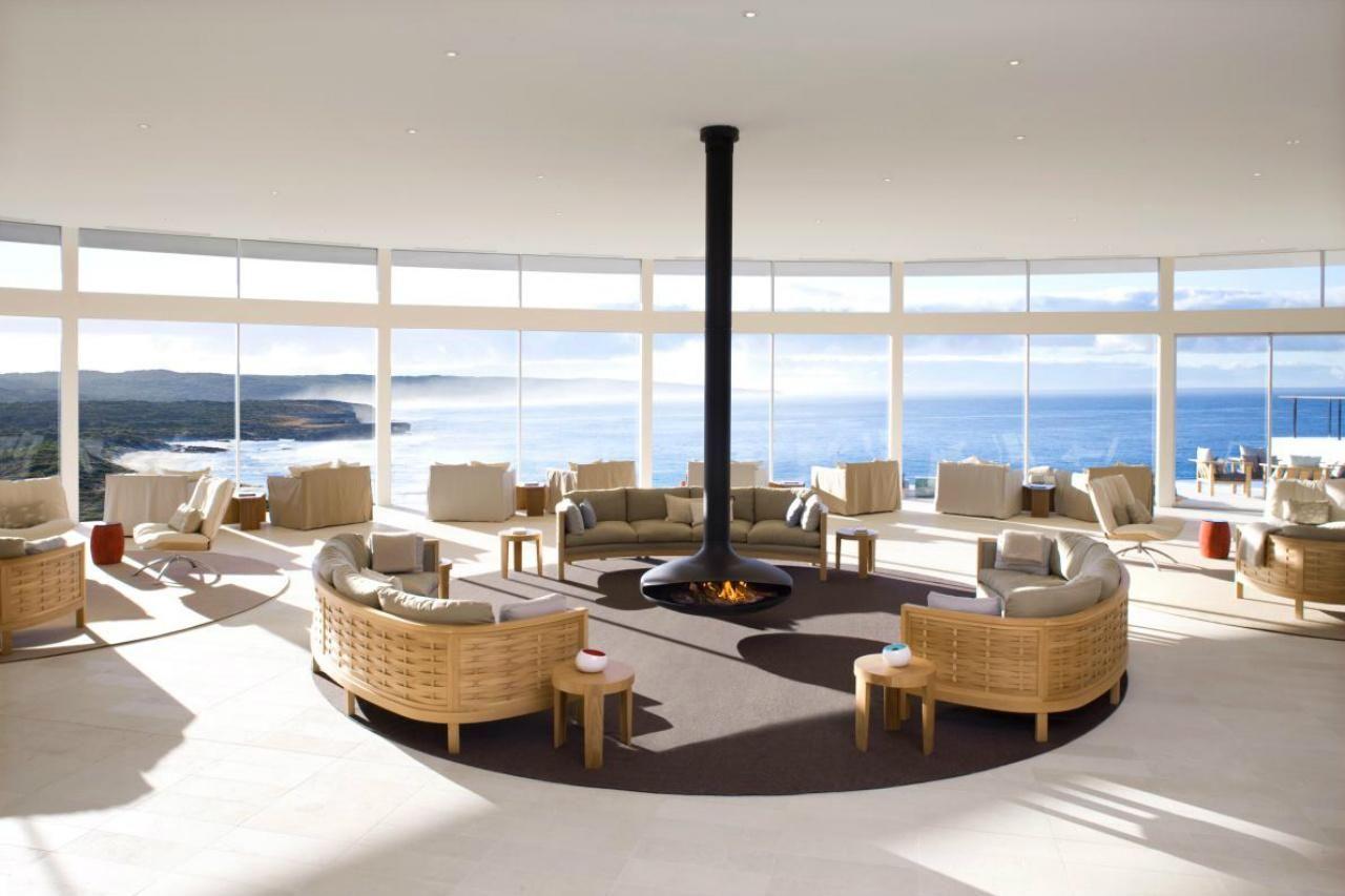 Southern Ocean Lodge. The Great Room of the resort, with its enormous windows opening out onto the Ocean. #interdema #resort #ecoresort #luxury #travel #design #SouthernOceanLodge #Kangarooisland #Australia #курорт #путешествие #дизайн #люкс