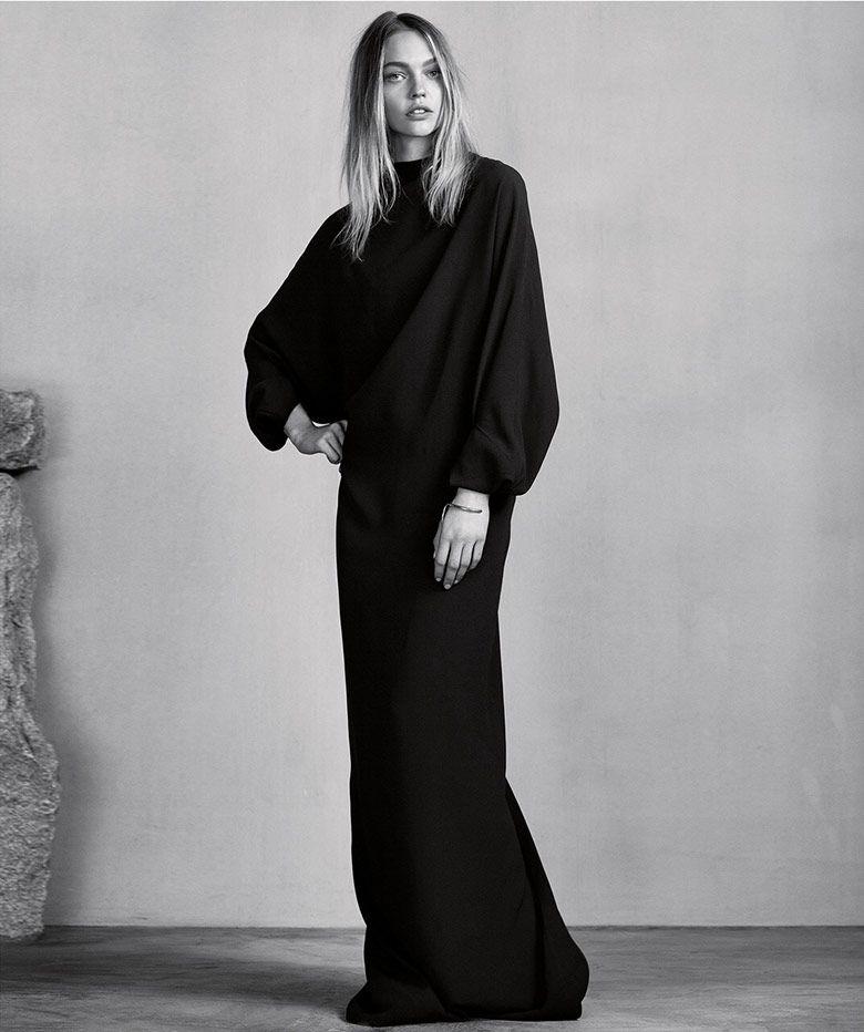 Elegant Simplicity - long black dress; chic minimalist style // Ph. Erik Torstensson