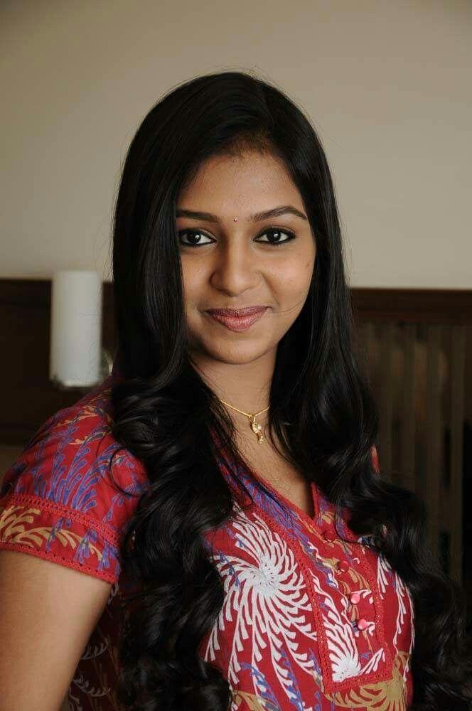 Lakshmi Menon (Actress) Height, Weight, Age, Wiki