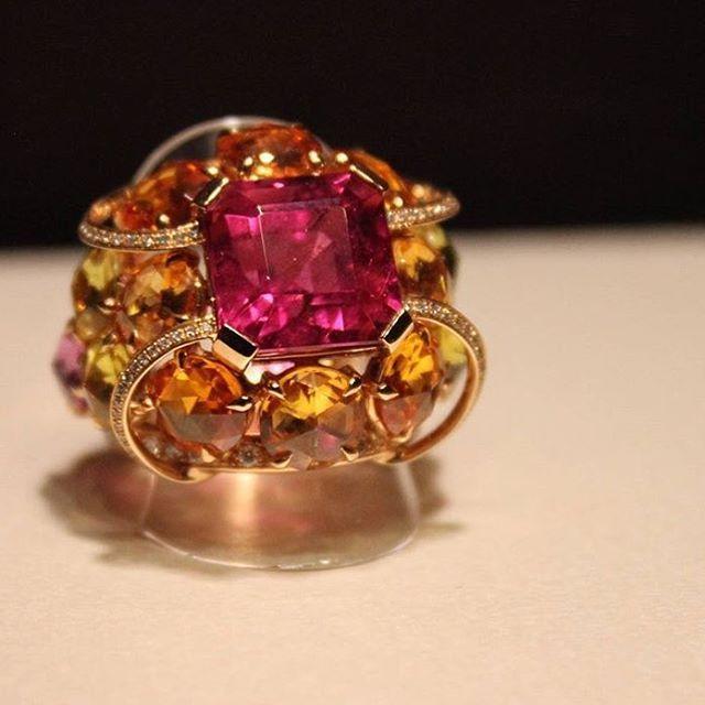 https://www.instagram.com/p/BHleHyQBQj6/?taken-by=luxuryjewelleryevents