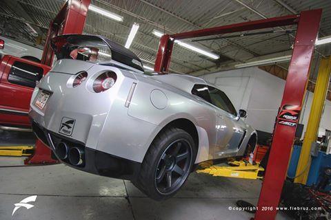 Gtr In Track Prep For Tonight S Drag Rental Teamfiebruz Gtr Nissan Drag Dodsonmotorsports Puertorico Nissan Gtr R35 Gtr R35 Gtr
