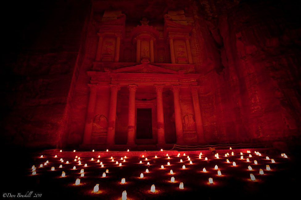 Petra by Night Dramatic Moments in Photos #traveltojordan