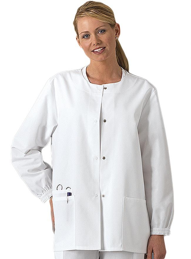f136479cfe7 This finely-crafted warm up jacket from Cherokee Workwear gives additional  warm and comfort for female nurses on a night shift duty.