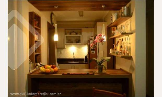 Cozinha pequena com bar
