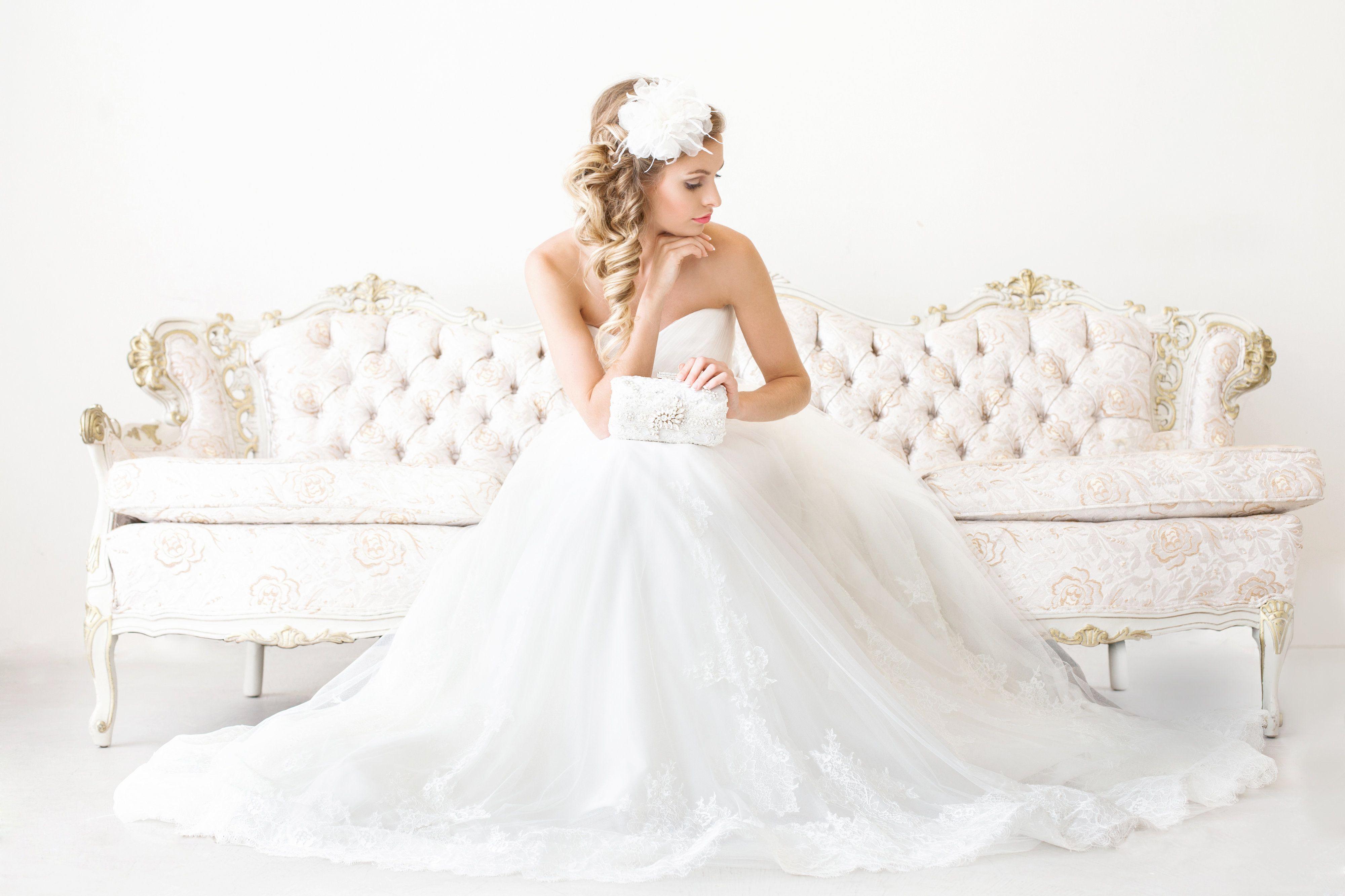 Wedding dresses pittsburgh  Pin lisääjältä PAPER u LACE taulussa Wedding Dresses Shoes and