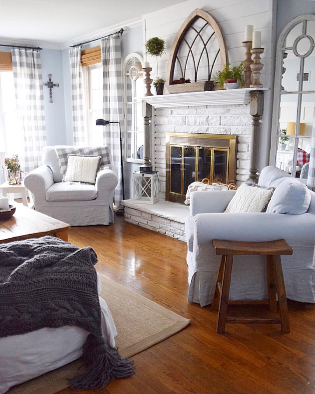 40 Cozy Small Living Room Ideas For English Cottage: Pin By Jessica Weimer On Family/ Living Room Ideas