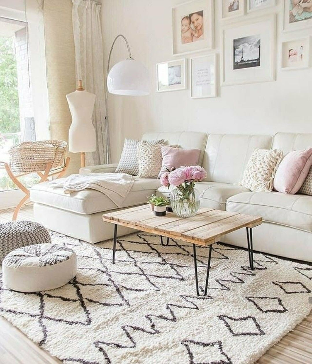 A Color Design Can Set The Tone For Your Living Room Discover A Fresh Rustic Living Room Furniture Modern Rustic Living Room Minimalist Living Room Furniture