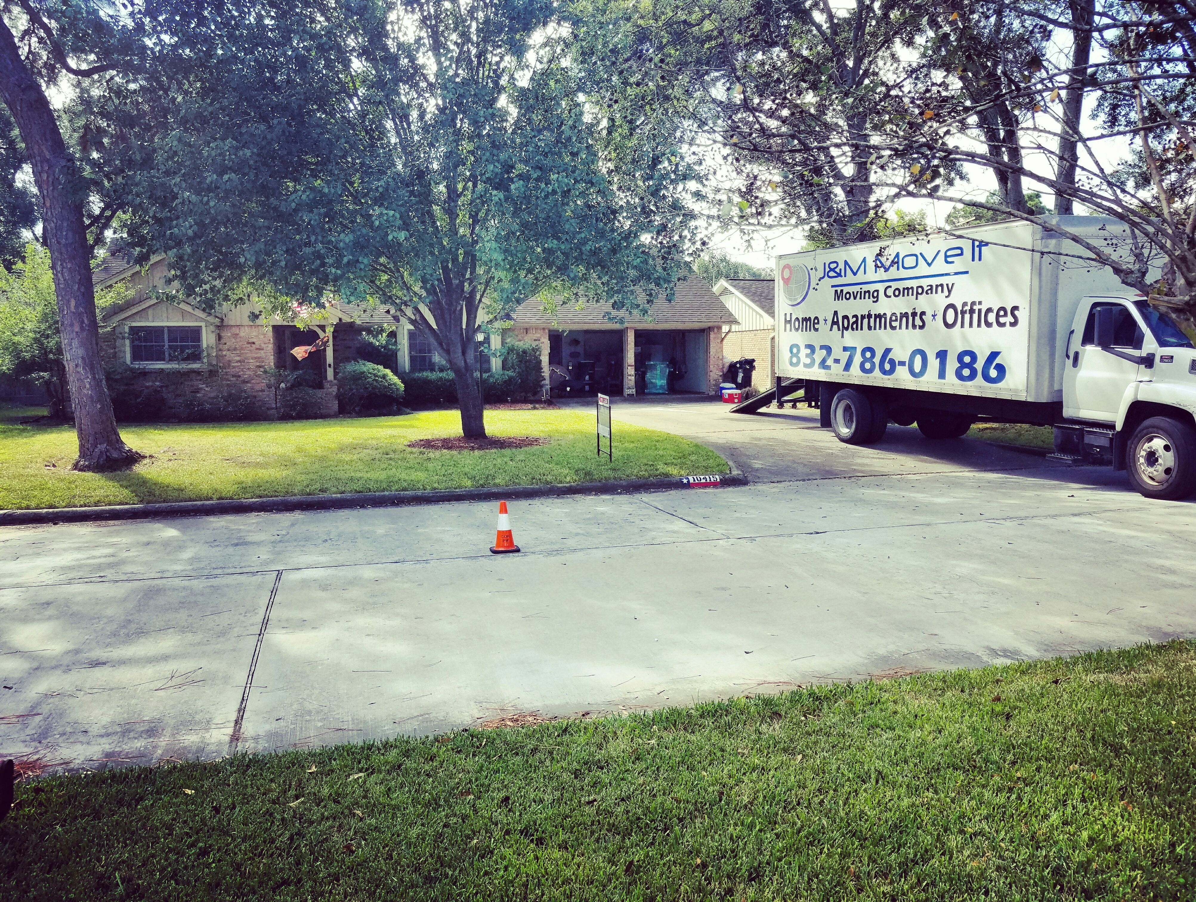 5 Star Review By Stephanie. Local MoversProfessional MoversStagingThis HoustonApartmentsTexas