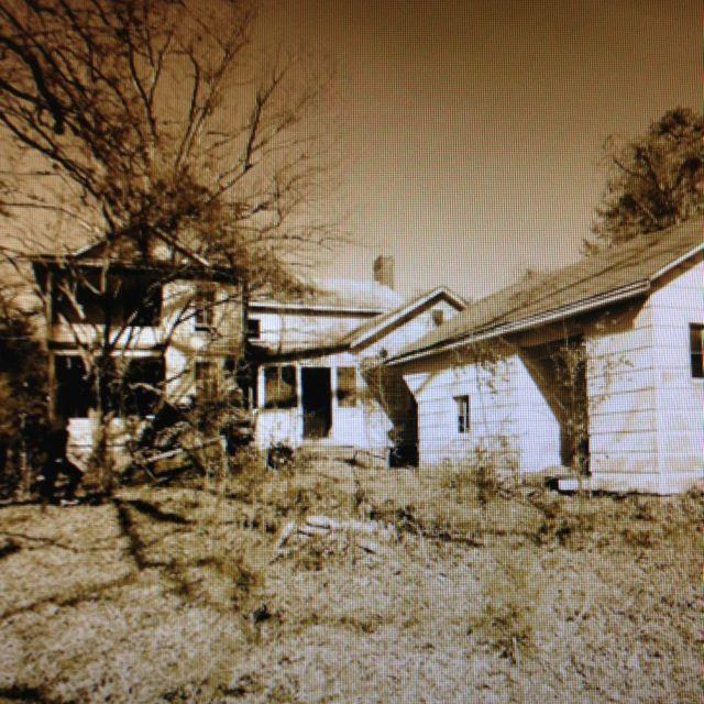 Abandoned North Carolina Homes: Back Of Old House , Belmont Nc