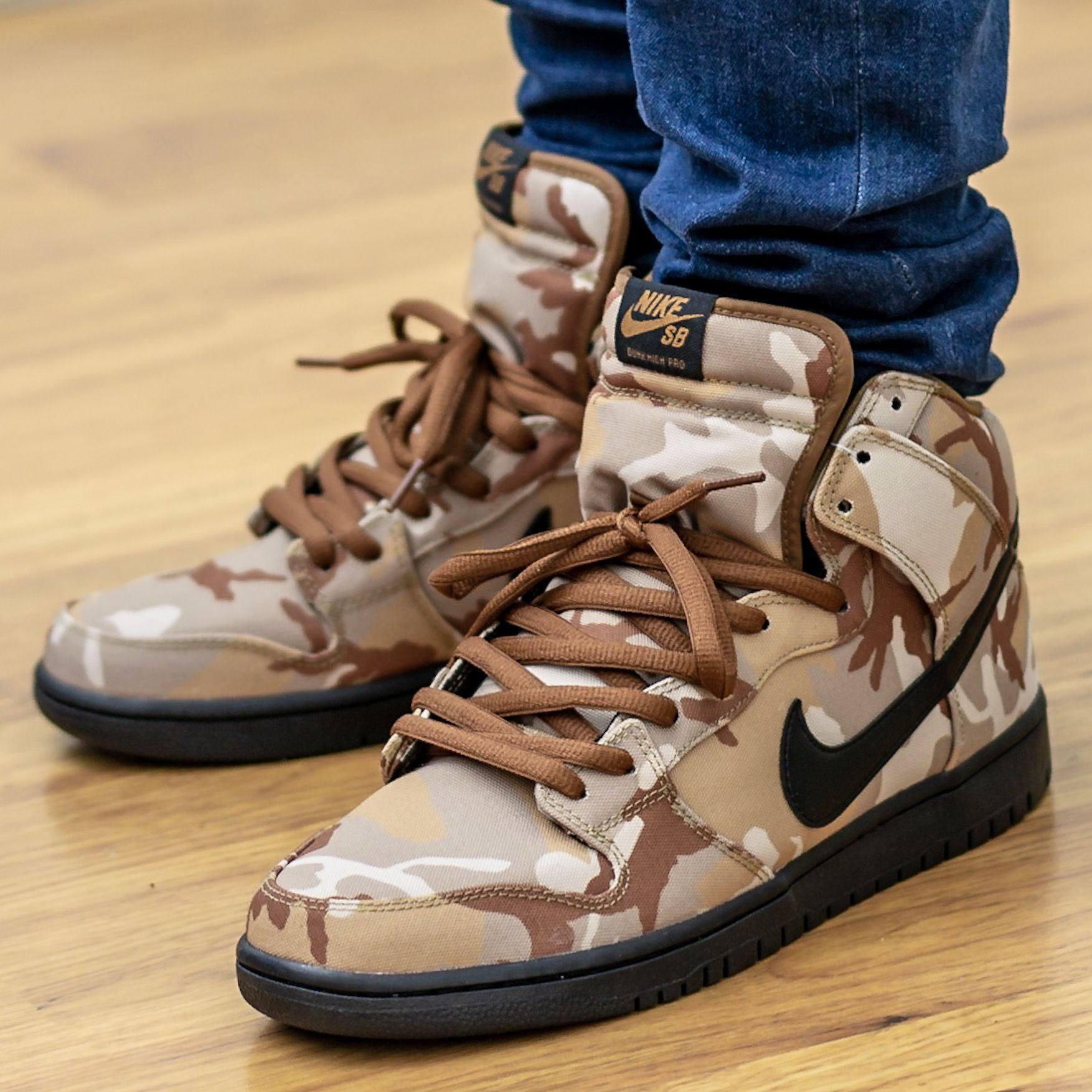 Nike SB Dunk High Pro Desert Camo On