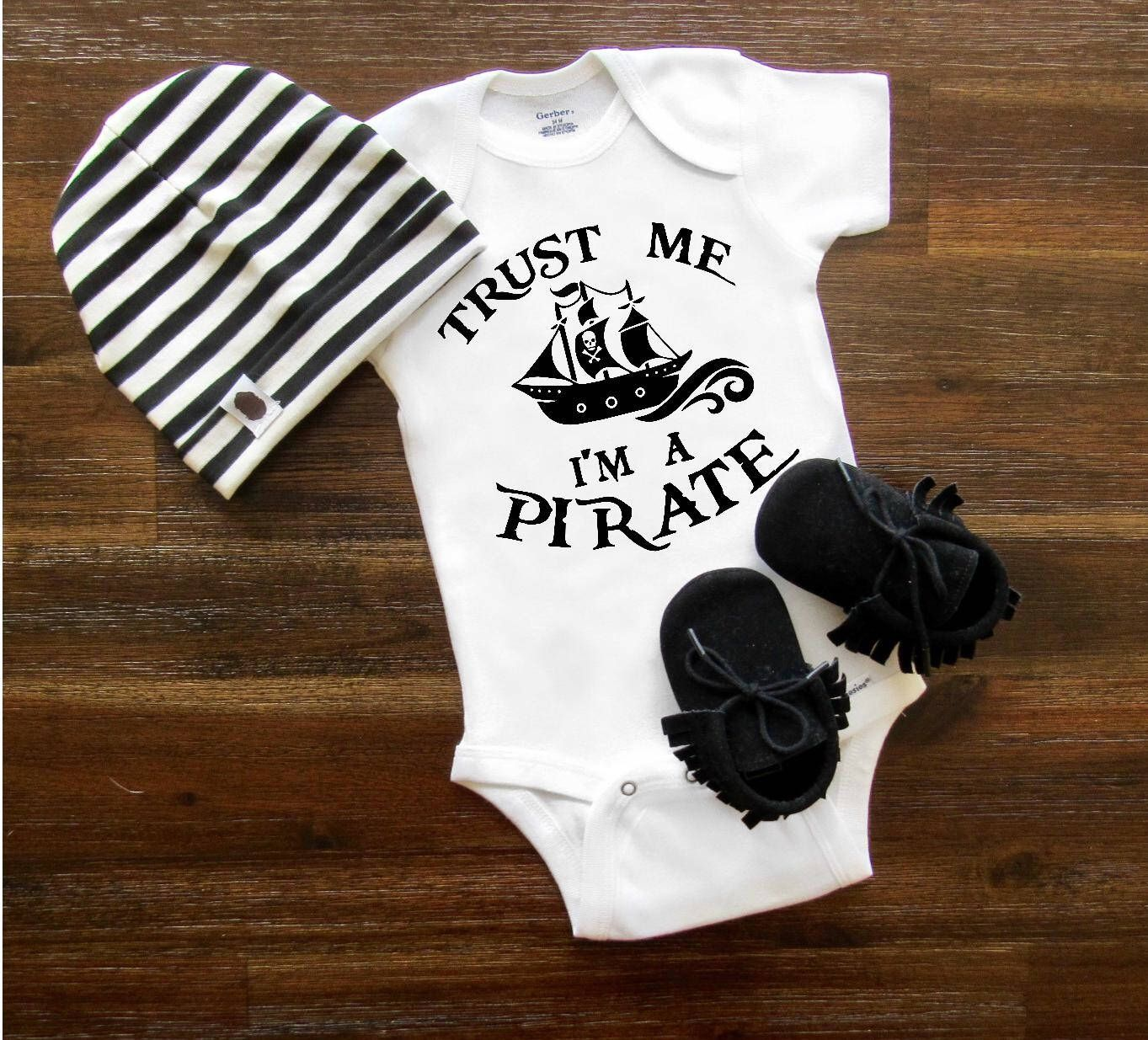 Let/'s Play Pirates Baby Bodysuit Baby Shower Gift Cute Baby Clothes Unisex Baby Clothes Funny Baby Bodysuit Animal Baby Bodysuit