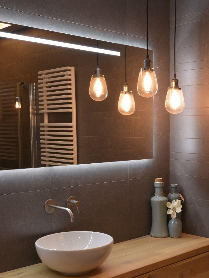 De LoooX Mirror X-Line is een prachtige #badkamer ...