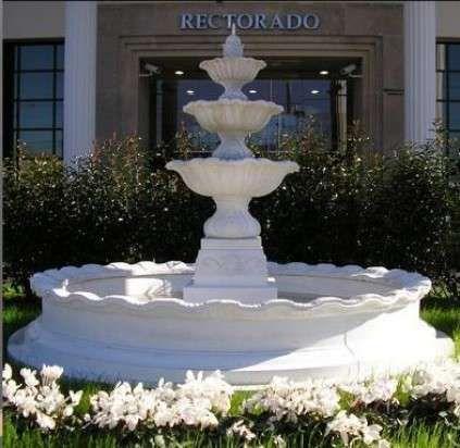 Fuente decorativa jardin dentro del diseo de jardines no for Fuentes decorativas interior