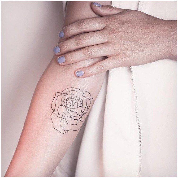 Womenstattoo Womenstattooideas Tatouage Rose Femme Avant Bras Style