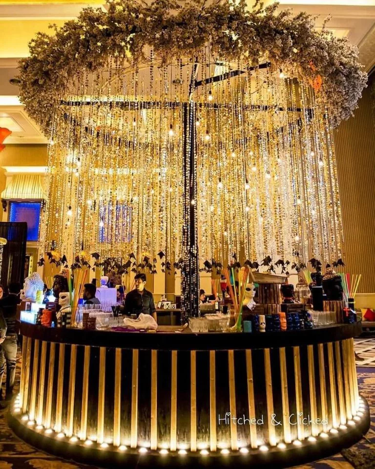 21 Interesting Wedding Bar Decor Ideas That Will Impress Your