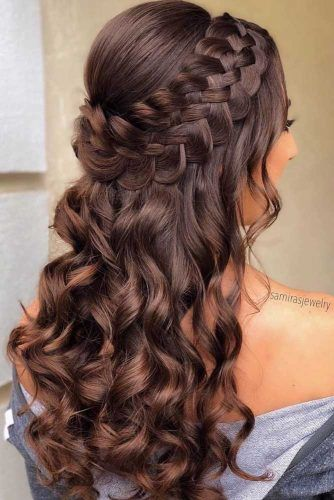 30 Ideas Of Unique Homecoming Hairstyles | LoveHai