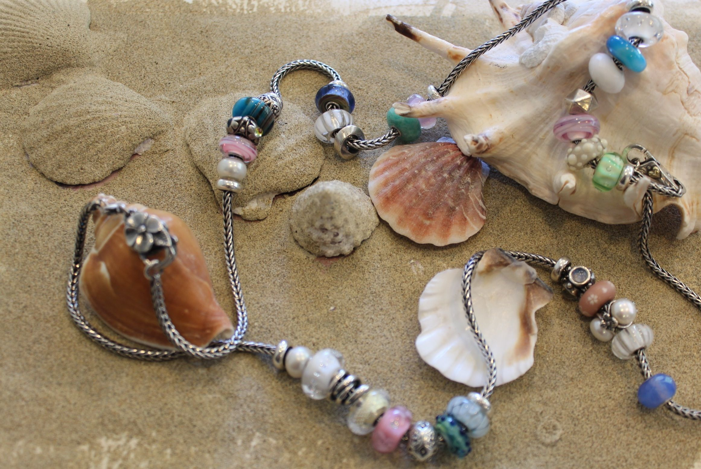 @Trollbeads USA Do you wanna come to the beach with us???