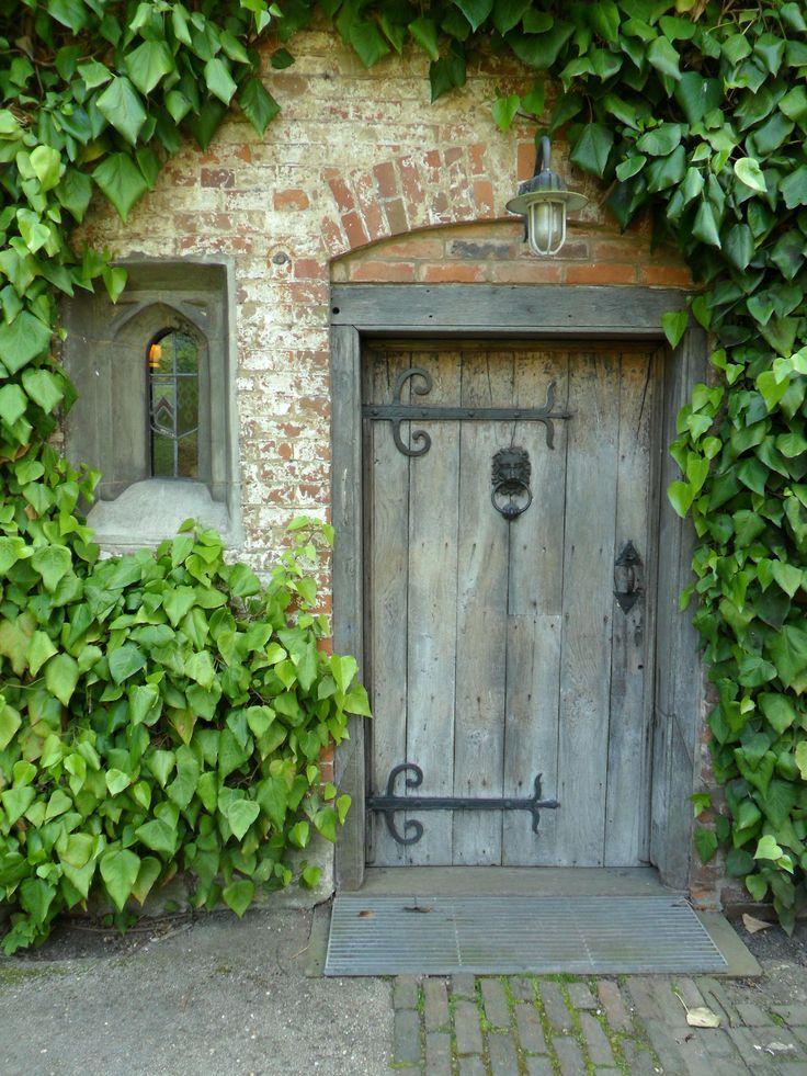 Found on heart-of-lothian.tumblr.com - Oak Doorway, Baddesley Clinton, England