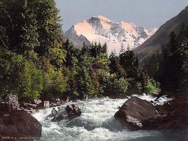 Jungfrau And Zweilutschine Bernese Oberland Switzerland