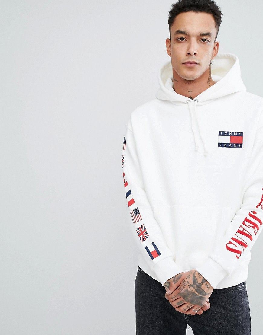 327c698db08b TOMMY JEANS 90 S CAPSULE HOODIE SLEEVE AND BACK FLAG LOGO IN WHITE - WHITE.   tommyjeans  cloth