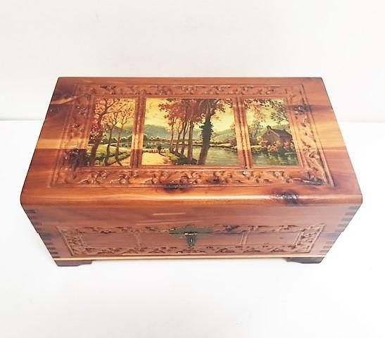 Carved Wood Wooden Jewelry Storage Box Mirror Dovetail Joints Vintage Footed 10.5 X 6 X 4.5