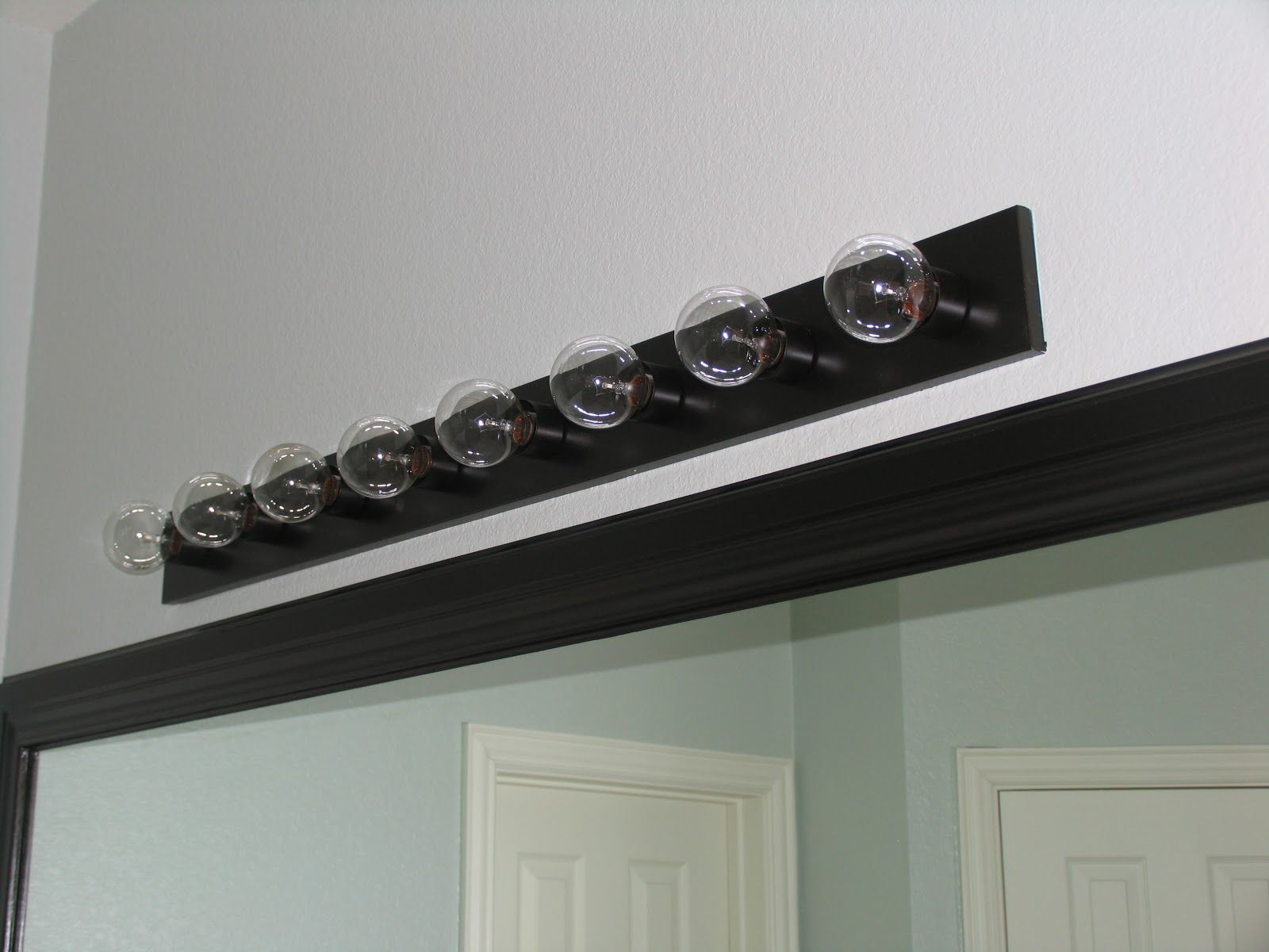 Vanity Light Bar