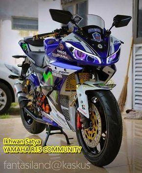 Modifikasi Yamaha R15 Konsep Movistar Sangar Movistar Yamaha
