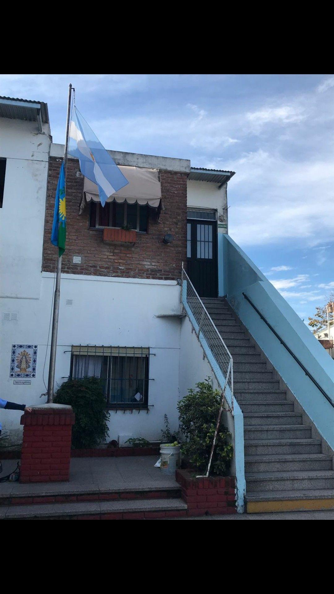 Pin De Maria Auxiliadora En Colegio Maria Auxiliadora House