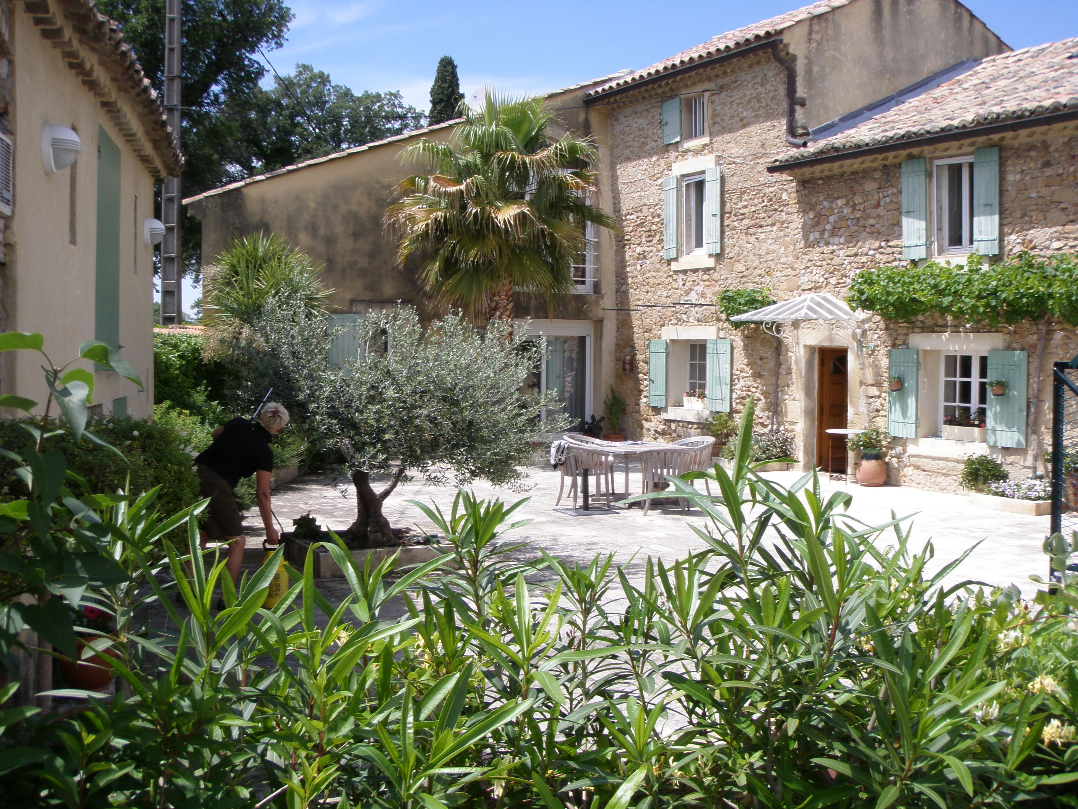 a very charming country house with pool and views near avignon in provence provence tuscan. Black Bedroom Furniture Sets. Home Design Ideas