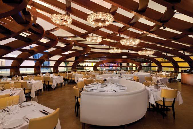 Feature Vegas Bets On Retail 3 Of 3 The Architect S Newspaper Vegas Restaurants Las Vegas Dining Las Vegas Restaurants
