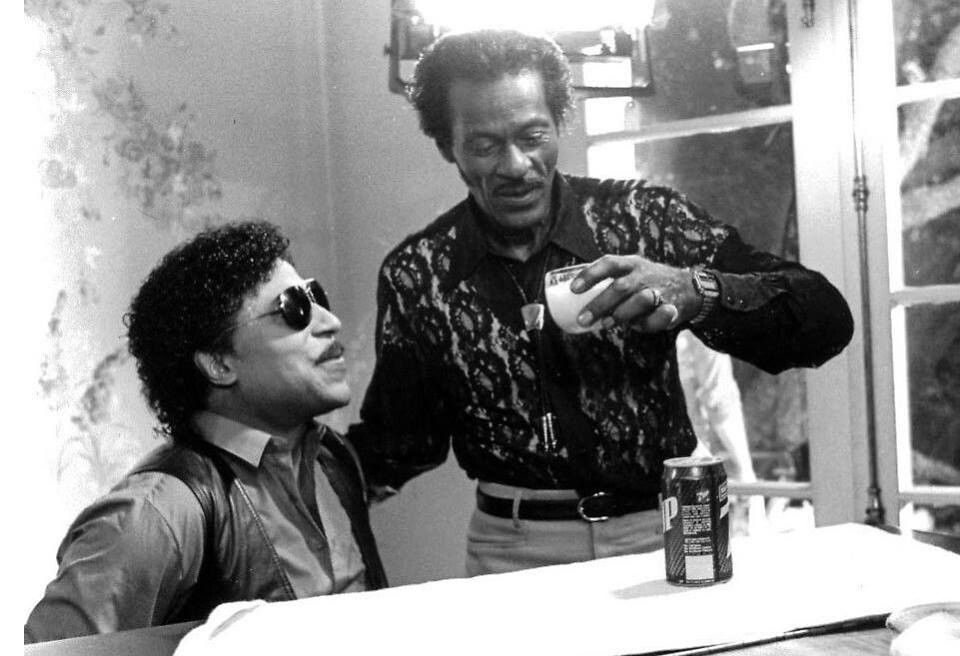 Little Richard And Chuck Berry With Images Chuck Berry Roots