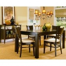 Levita Dining Room Set
