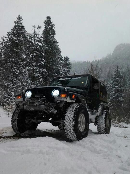 Jeep In The Snow Jeep Cars Jeep Jeep Rubicon