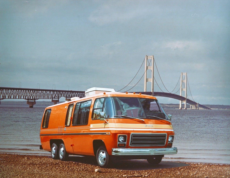 Gmc1973 1500 Jpg 1500 1163 Gmc Motorhome Motorhome Built Truck
