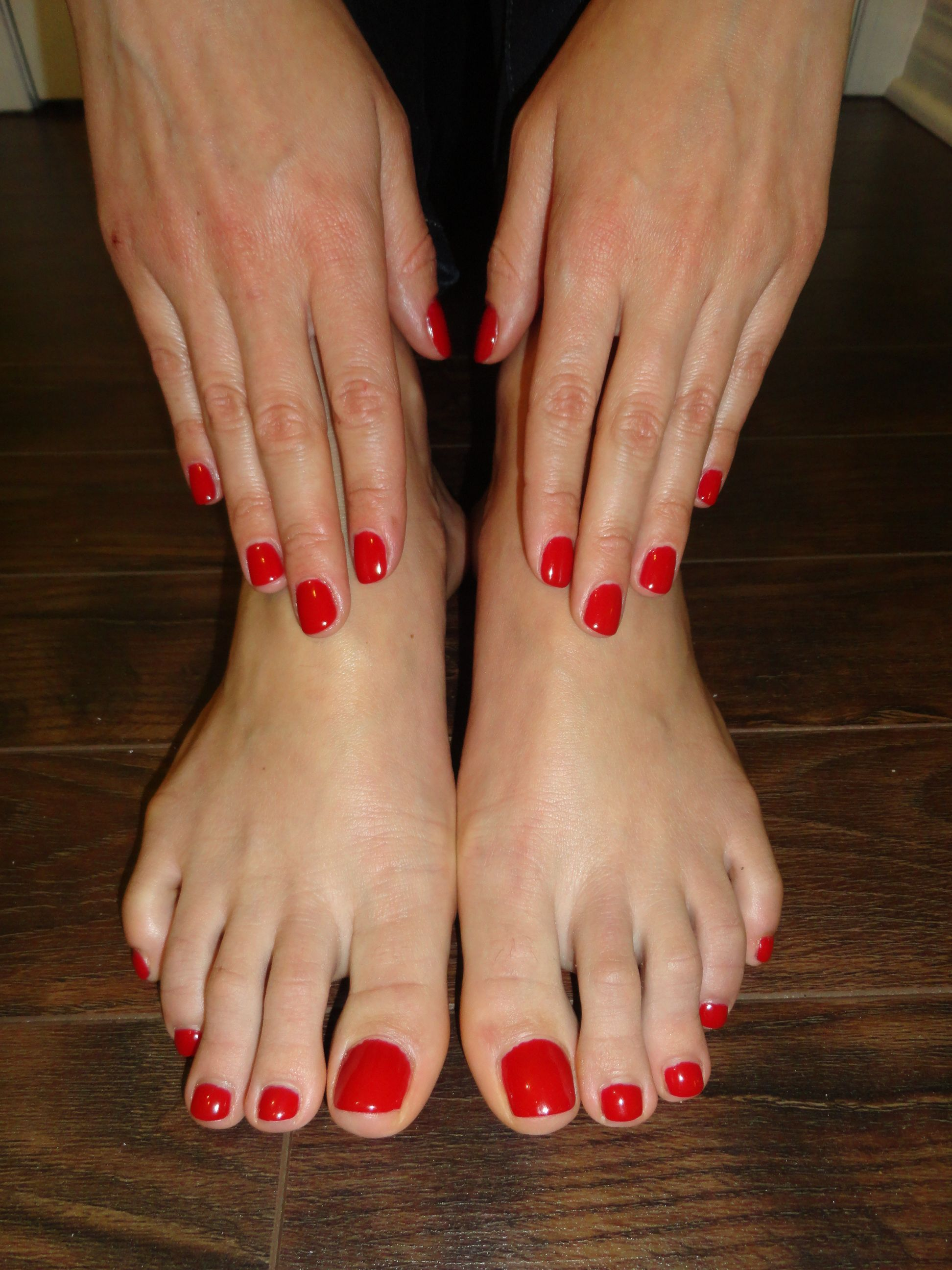 Red Shellac Nails & Toes | Nails | Pinterest | Piernas y Bellisima