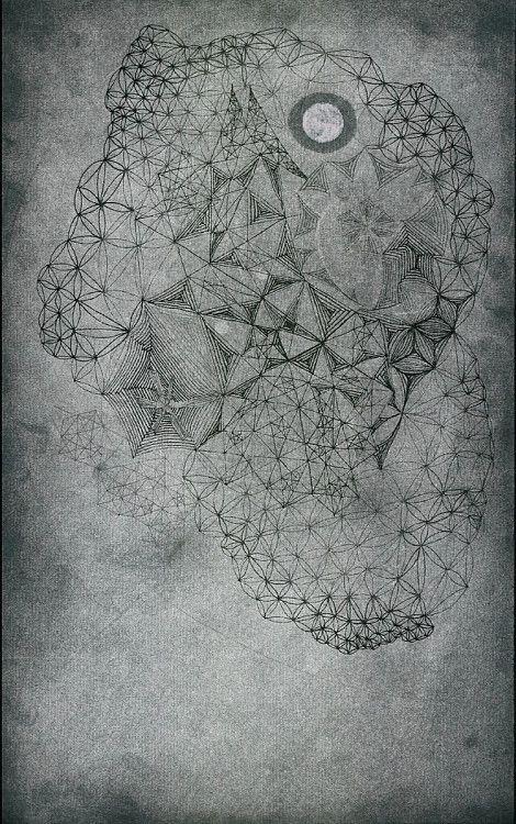 """""""Mondhof"""", Titanweiss, #Tusche und #Silber auf #Ingres, 19,5x31cm, 2014 #art #pentagram #moon #floweroflife #goldenmean #sacredgeometry  http://istvanseidel.de/z"""