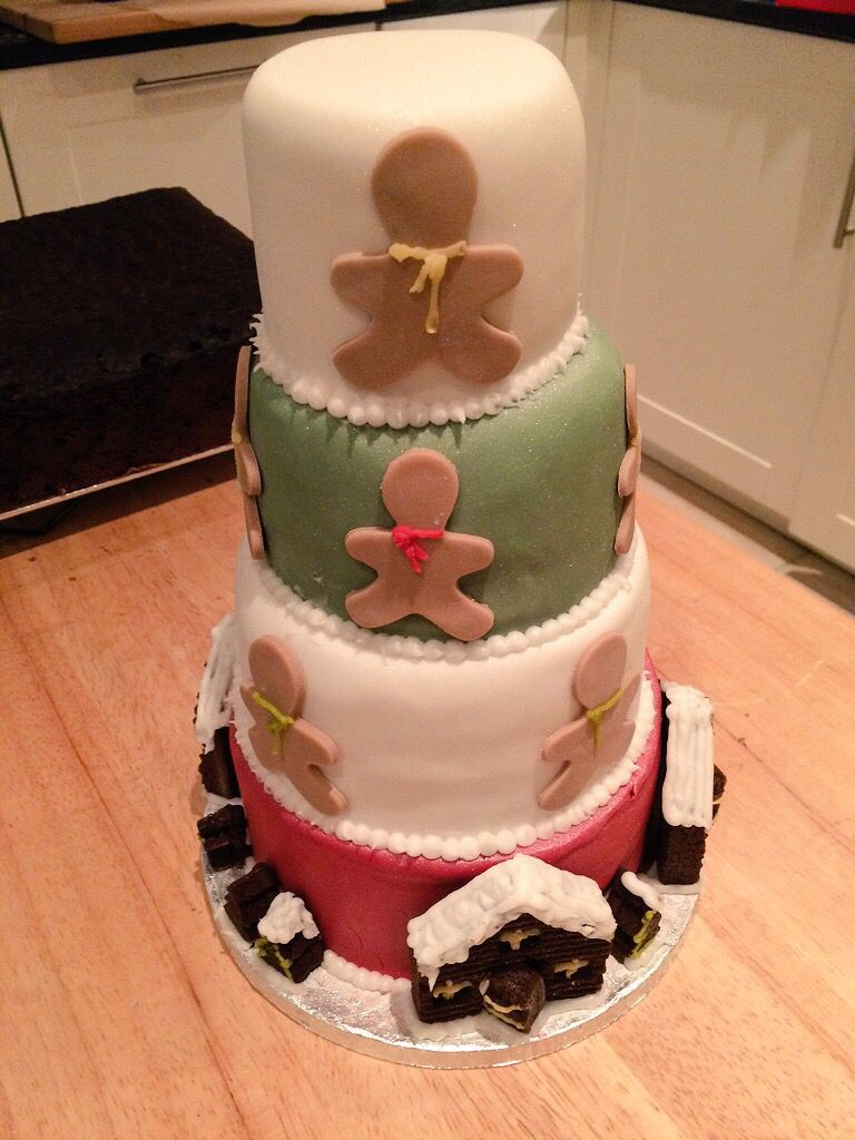 """My first attempt at a tiered Christmas cake. I present to you a """"Gingerbread Hatbox"""". Christmas cake no.3"""