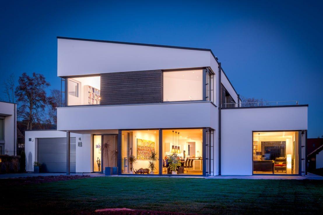 Schlüsselfertiges Massivhaus Spektralhaus: Plusenergiegebäude In Villingen Von Architekturbüro