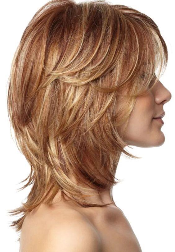лесенка на средние волосы фото с челкой