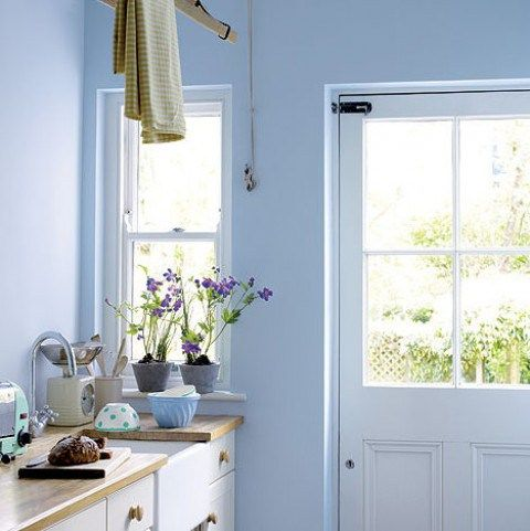 cuisine couleur bleu lavande pastel t d coration. Black Bedroom Furniture Sets. Home Design Ideas