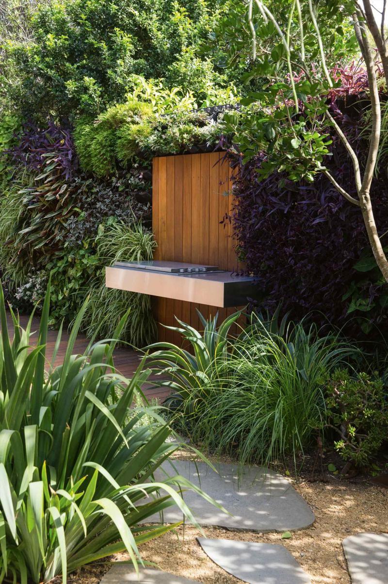 bbq green wall garden peter fudge july15 garden u0026 pot ideas