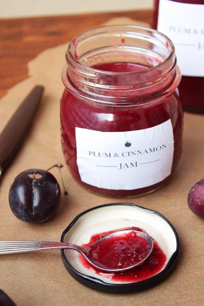 Twenty-Second of May: Köstliche Pflaumen-Zimt-Marmelade versüßt uns den Herbst.