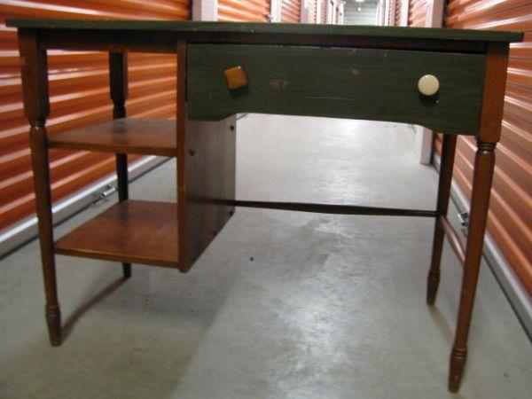 RETRO/RUSTIC desk (With images) Rustic desk, Home decor
