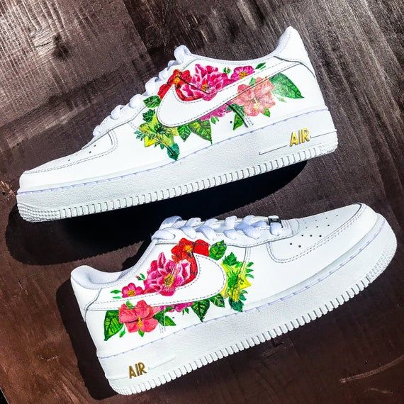 Custom sneakers Nike Air Force 1 ''Flowers'' em 2020 (com