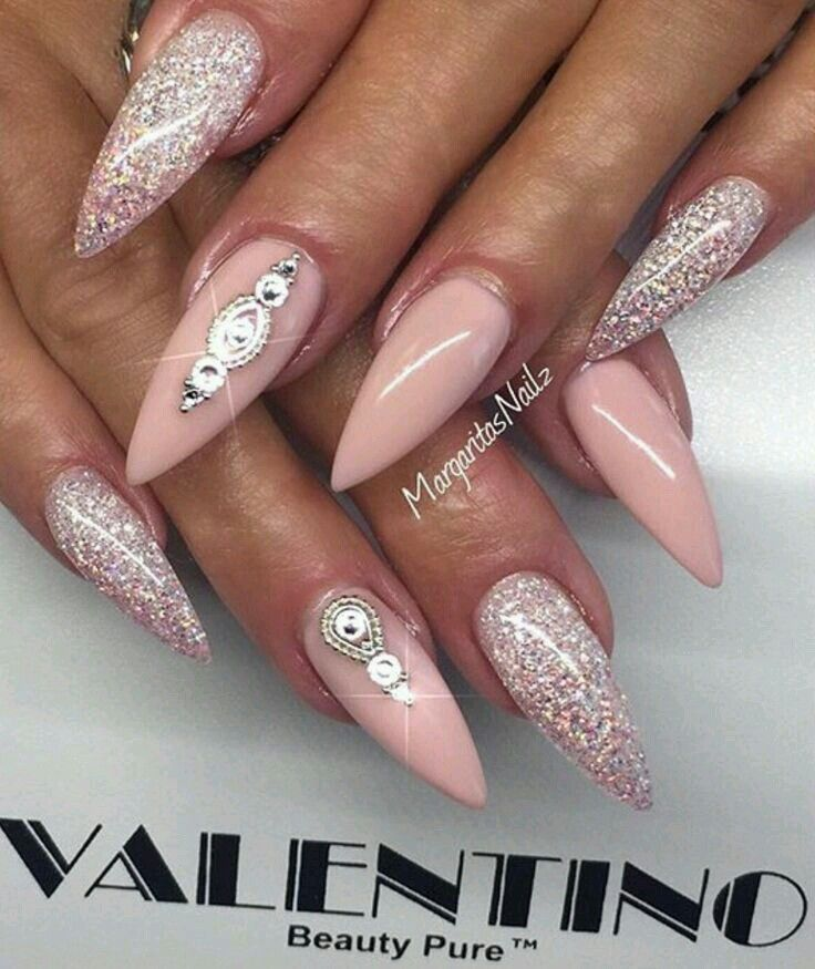 Light Pink Glitter Stiletto Acrylic Nails Pointed Nails Sharp