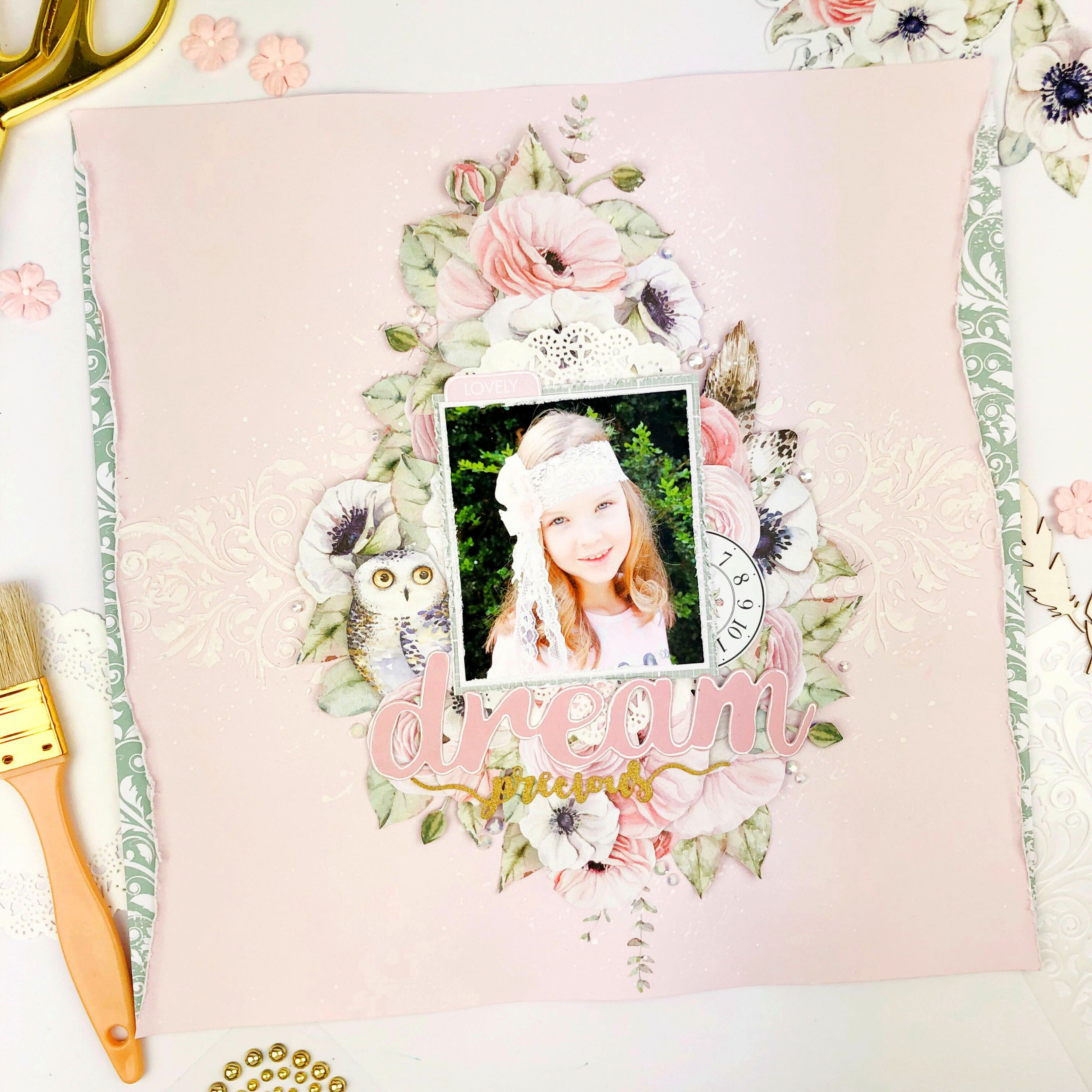 Shabby Chic Scrapbook Layout in 2020 | Shabby chic ...