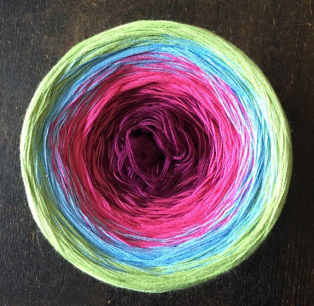 Effektgarn - Wollbobbel •Lollipop• Farbverlaufsgarn - ein Designerstück von Das-kunterbunte-Wollschaf bei DaWanda