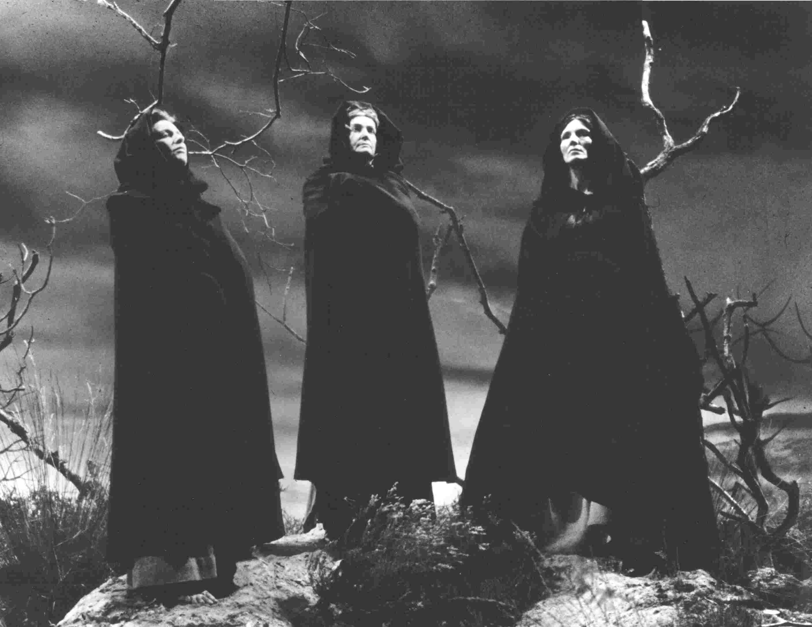 queen of the witches in macbeth