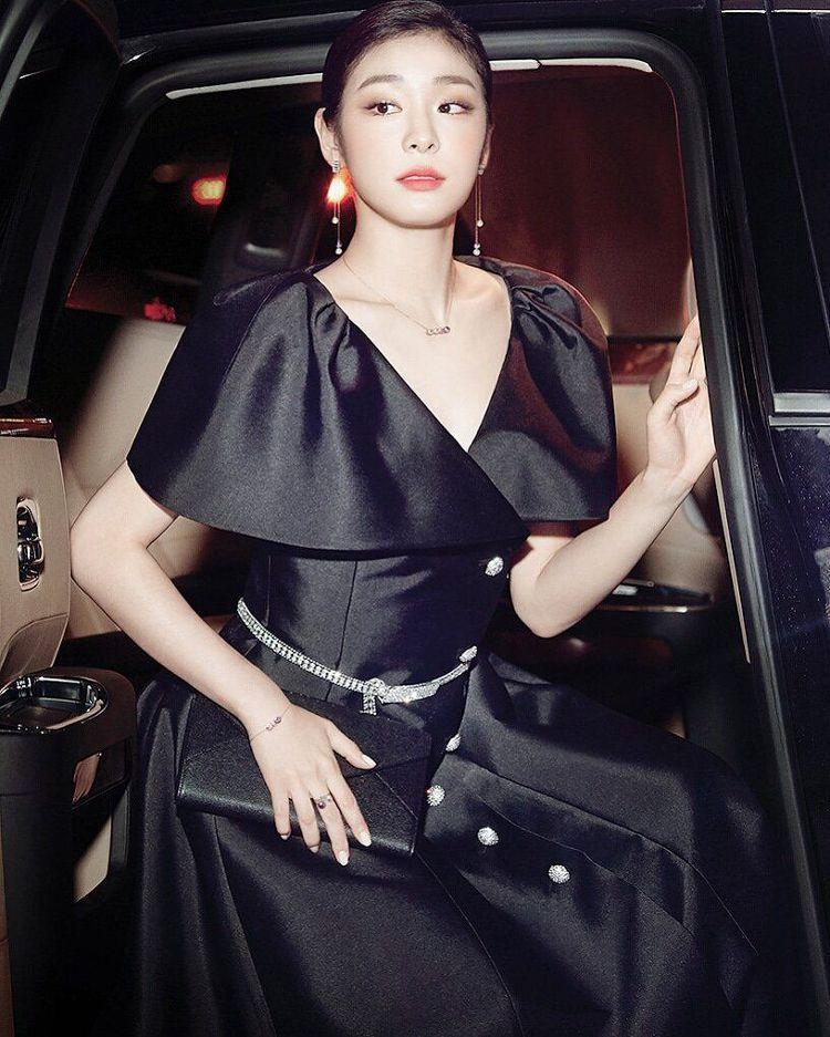 [포토]김연아, 4년만의 아이스쇼 만족 미소~