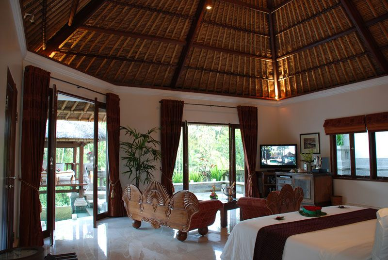 Luxury Traditional Bedroom Interior With Wood Carving Sofa And Balinese  Ceiling Roof Also Rustic Wooden Furniture Design Ideas: Luxury Viceroy Bali  Resort ...